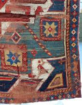 Détail de restauration conservation de tapis kazak