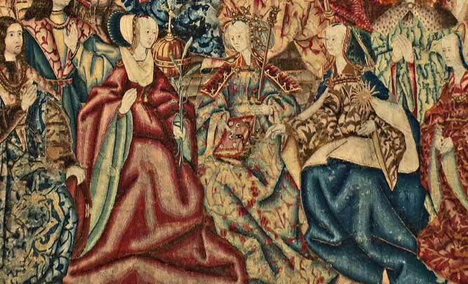 «La Vierge Reine du Ciel», accompagnée par les trois Vertus théologales, tapisserie des Flandres début du XVIe siècle orne un mur de l'abbaye cistercienne de Royaumont